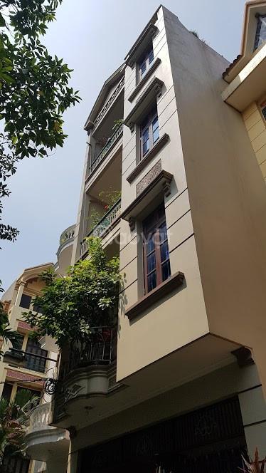 Bán nhà phố Nguyễn Trãi Thanh Xuân nhà 5 tầng 50m ô tô kinh doanh sầm uất.