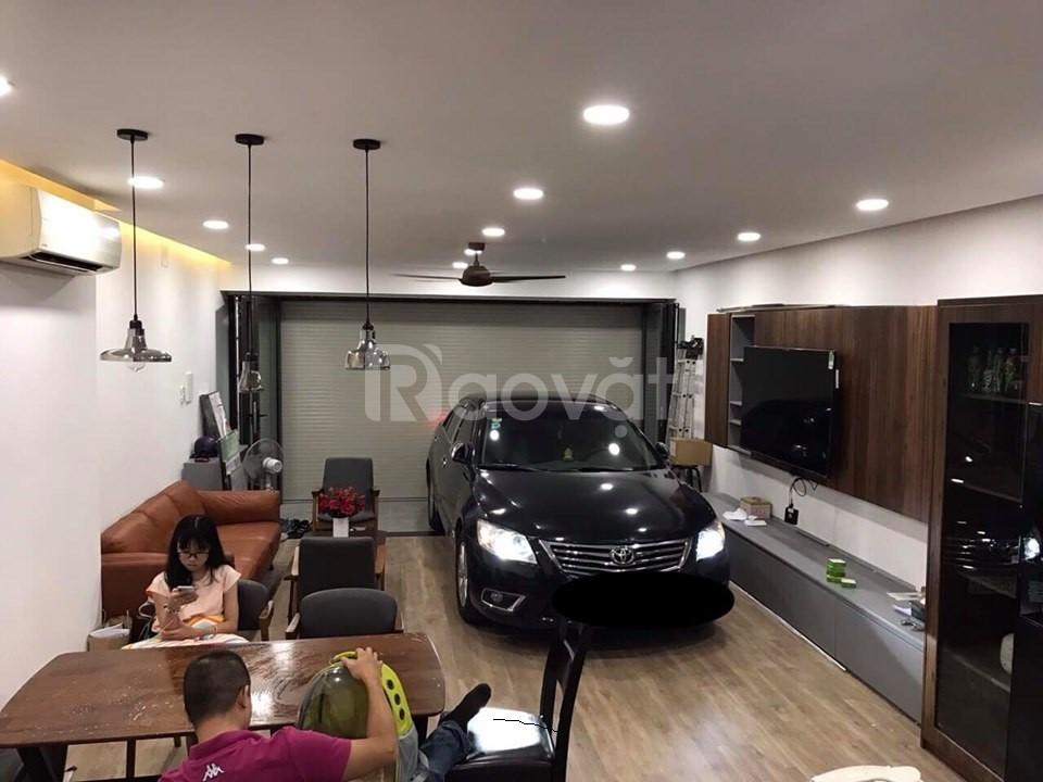 Bán nhà Nguyễn Văn Trỗi, xe hơi vào nhà, (4x17), 5 lầu, 8,2 tỷ
