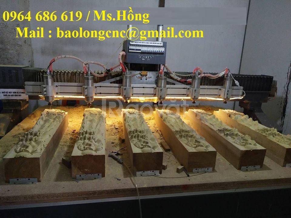 Máy đục tranh gỗ 6 đầu, máy cnc 6 đầu đục gỗ giá rẻ