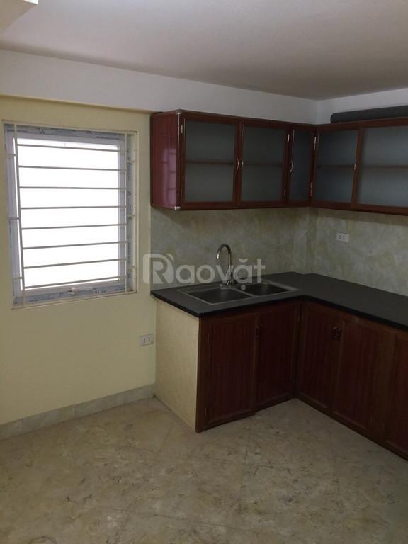 Cho thuê nhà mới xây tại phố Gia Quất, quận Long Biên, HN, giá tốt