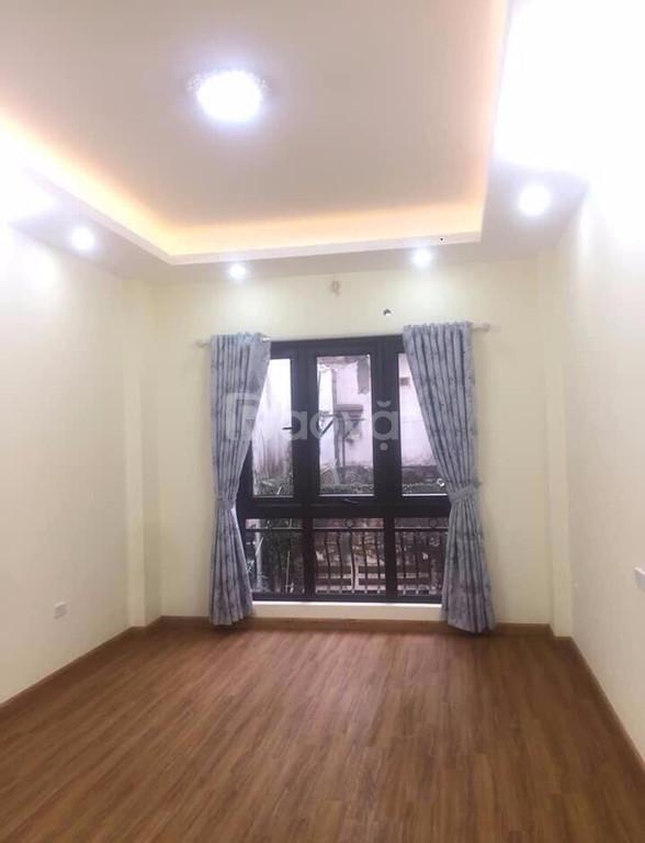 Anh tôi bán gấp Nhà Vương Thừa Vũ- Thanh Xuân 42M2 X6T, KD đỉnh G 5 tỷ