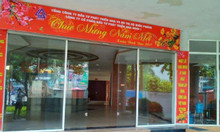 Sang nhượng nhà hàng Trần Đại Nghĩa 150m2, MT 6m, 35tr/tháng.
