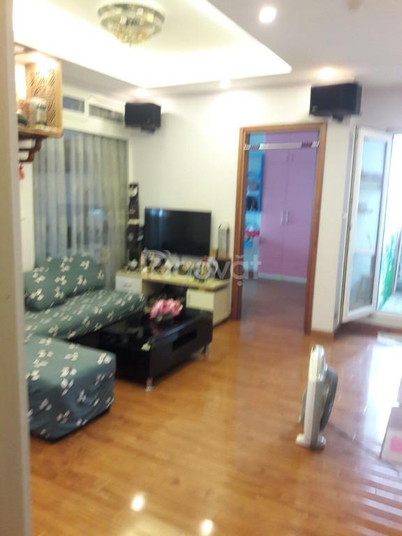 Cần bán gấp căn hộ chung cư Nghĩa Đô, 2 PN, sổ đỏ 54m2, 02 ban công