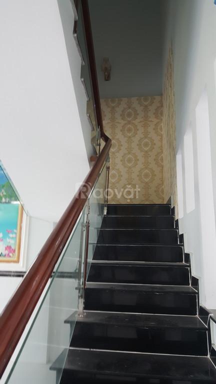 Bán nhà phố Nhà Xinh Residential, có SHR, giá 1 tỷ 6