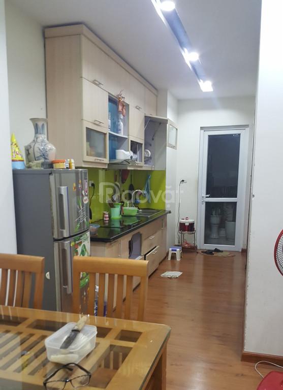 Bán căn hộ chung cư 73,6m2, chính chủ, đủ nội thất, sổ hồng