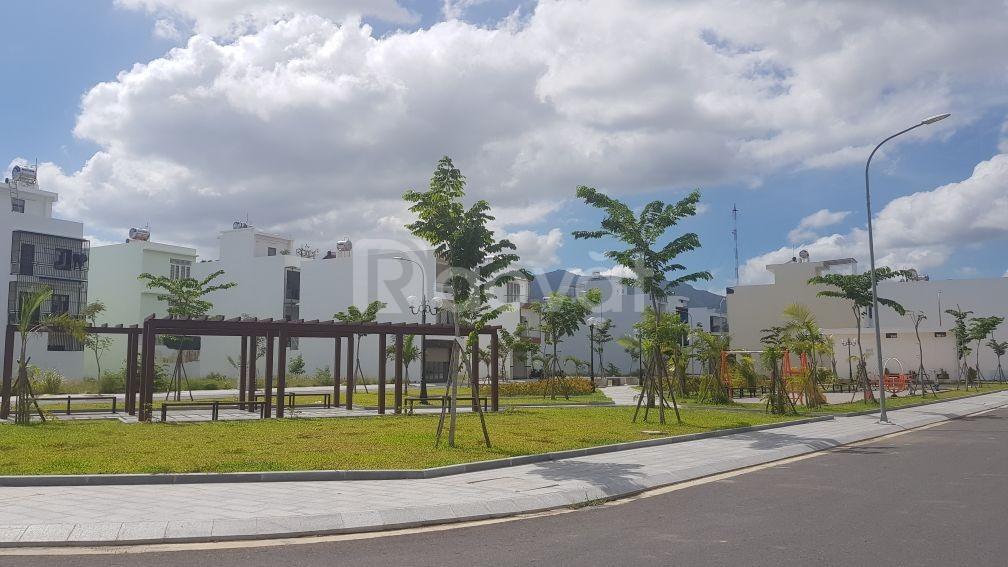 Cần bán nhà trung tâm thành phố Nha Trang giá rẻ