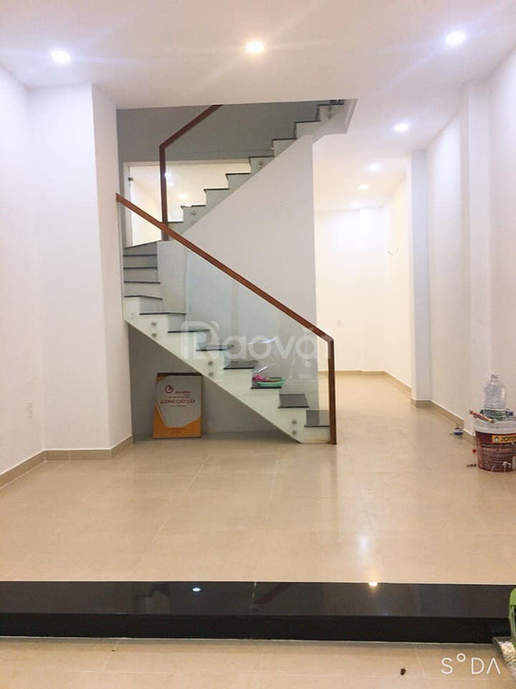 Gia đình bán nhà 4 tầng, đường Điện Biên Phủ, Quận 10. 55m2(4,2x13).