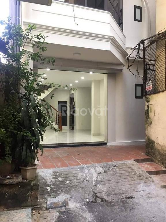 Nhà riêng tại phố Phạm Ngọc Thạch, Đống Đa 72m2X6T, ôtô vào nhà