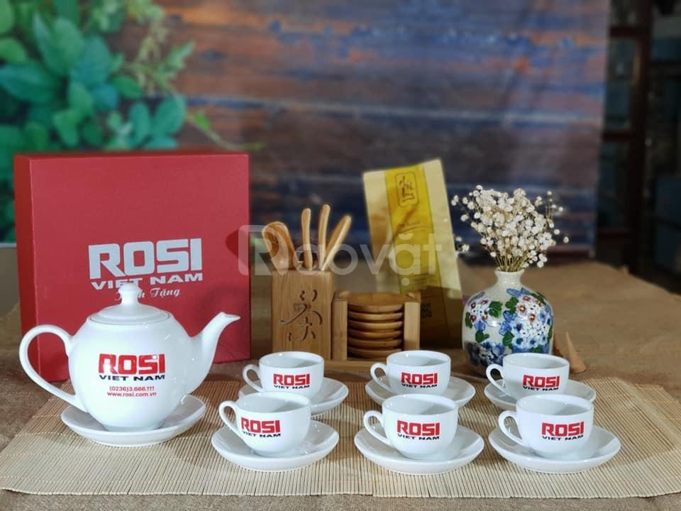 In logo bộ ấm trà làm quà tặng cuối năm