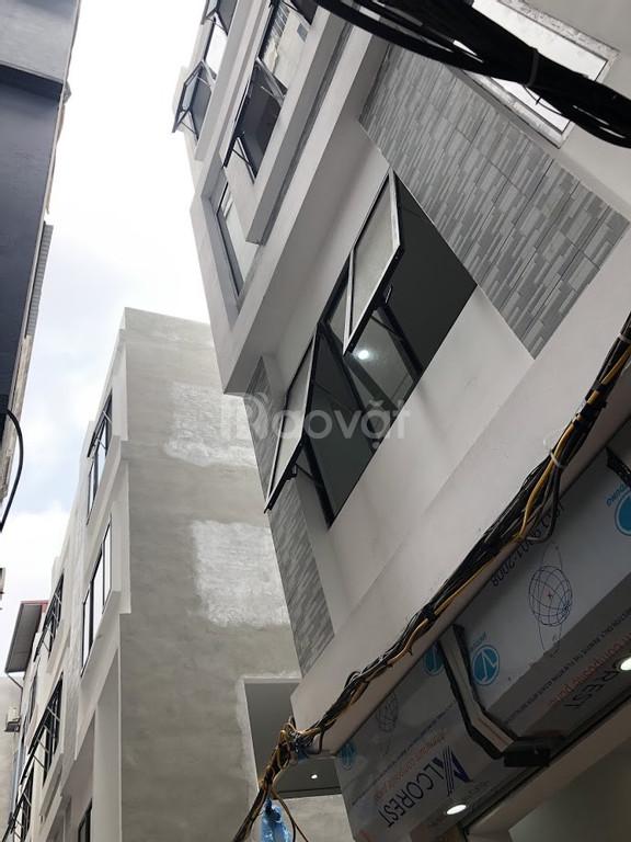 Cần bán nhà xây mới tại ngõ 75 phố Vĩnh Phúc, quận Ba Đình