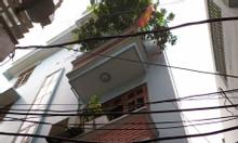 Bán nhà đẹp Dịch Vọng Hậu, Cầu Giấy, 32m, giá 3,3 tỷ, ô tô 20m