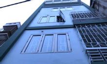 Bán nhà để đi định cư ngõ Phố Dịch Vọng Hậu, mua bán nhanh gọn