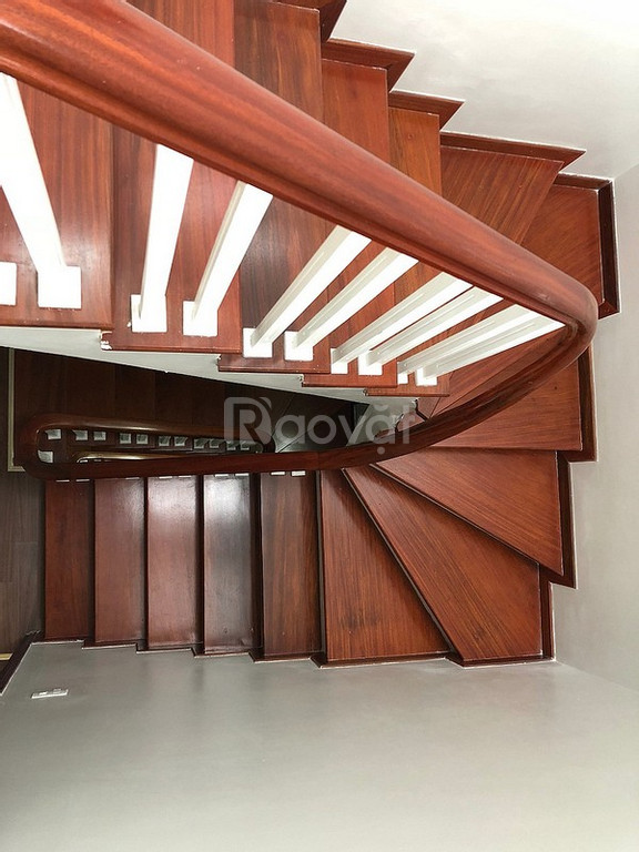 Bán nhà mới Phố Trần duy Hưng, Cầu Giấy 48M2 X5T, MT 6.5m