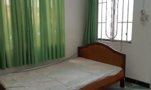 Cho thuê nhà phố Tây Nha Trang, hẻm Tuệ Tĩnh, giá 10tr/tháng