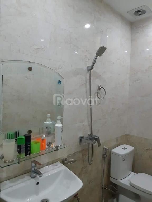 Chính chủ cần bán nhà gần Hồ Ba Mẫu trung tâm quận Đống Đa
