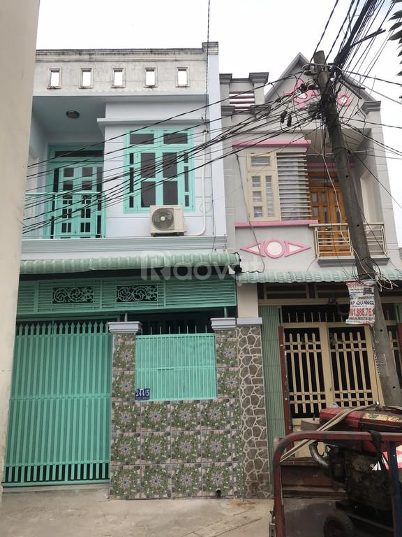 Bán nhà đường Lê Thị Riêng, quận 12, tiện ích đầy đủ, giá tốt