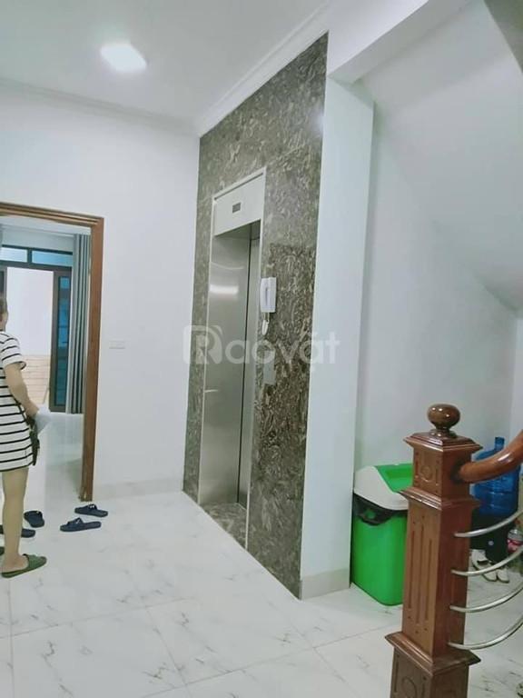 Bán nhà Triều Khúc, 50m2, 9 tầng thang máy, KD cho thuê 40tr 1 tháng, 15m ra mặt phố, 6 tỷ.