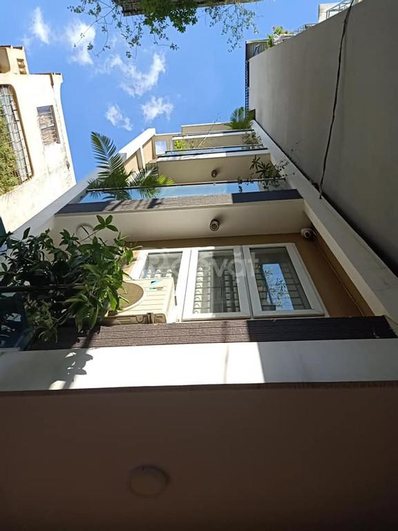 Bán nhà phố Thái Thịnh rất đẹp, ngõ thông, 2 mặt thoáng vĩnh viễn, 60m x 5 tầng