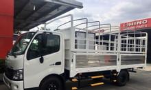 Xe tải hino XZU730L, 5 tấn thùng mui bạt dài 5m7