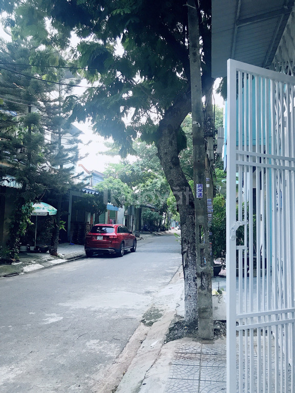 Bán gấp nhà 3 tầng đường Phùng Chí Kiên để định cư nước ngoài