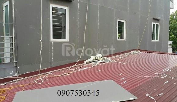 Làm trần Laphong chống nóng cho nhà mái
