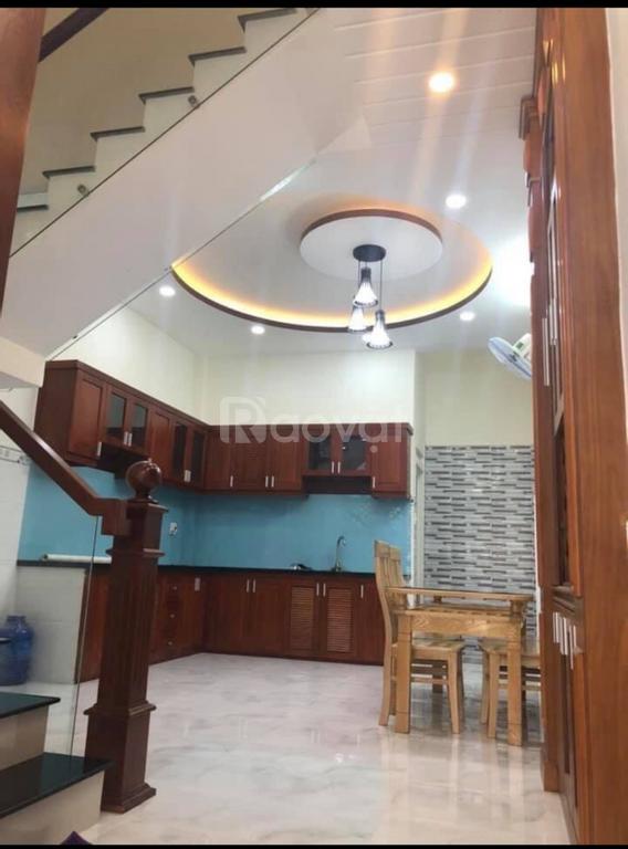 Bán nhà MT Trần Thánh Tông, quận Tân Bình, tiện kinh doanh, giá tốt