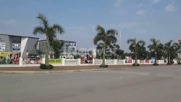 Cần bán đất 93m2 mặt chính tuyến phố Việt Hưng–Việt Hưng.