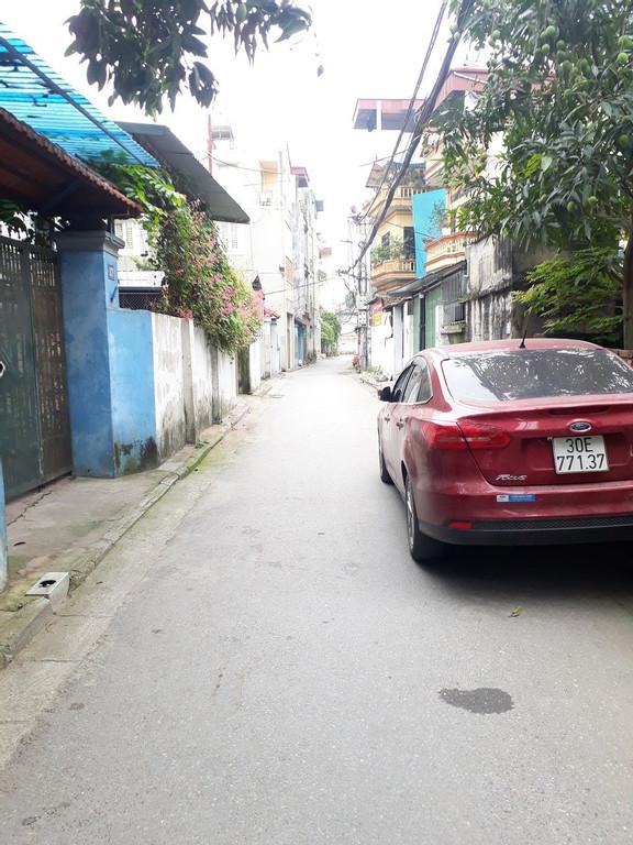 Bán đất thổ cư tổ 1 Việt Hưng dt 118m2 hướng Đông Nam ngõ ô tô vào nhà