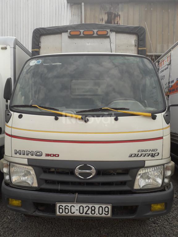 Hino tải 5 tấn thùng mui bạt 4m5  2014