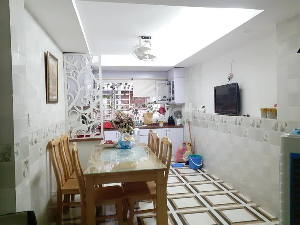 Nhà riêng, đẹp, ở ngay tại Hoàng Mai 34mX4 Tầng, giá 2,699 tỷ