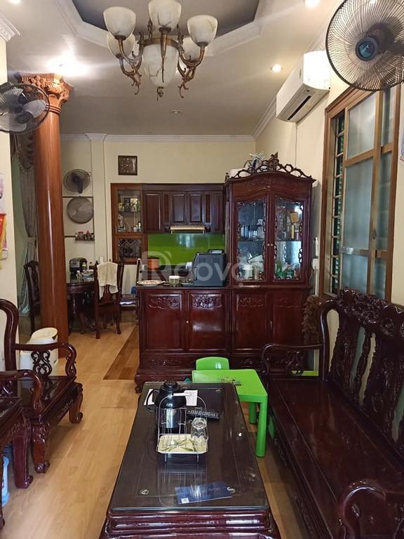 Bán nhà ngõ Thông Phong phố Tôn Đức Thắng 47m2*3T 3 phòng ngủ, ngõ thông, giá 3.7 tỷ.