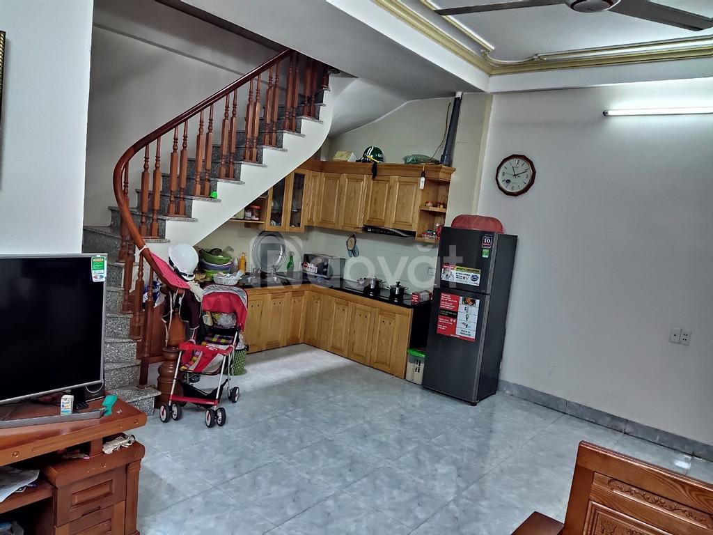 Cần bán nhà 4 tầng nhà dân tự xây, Hướng đông bắc Mậu Lương Hà Đông