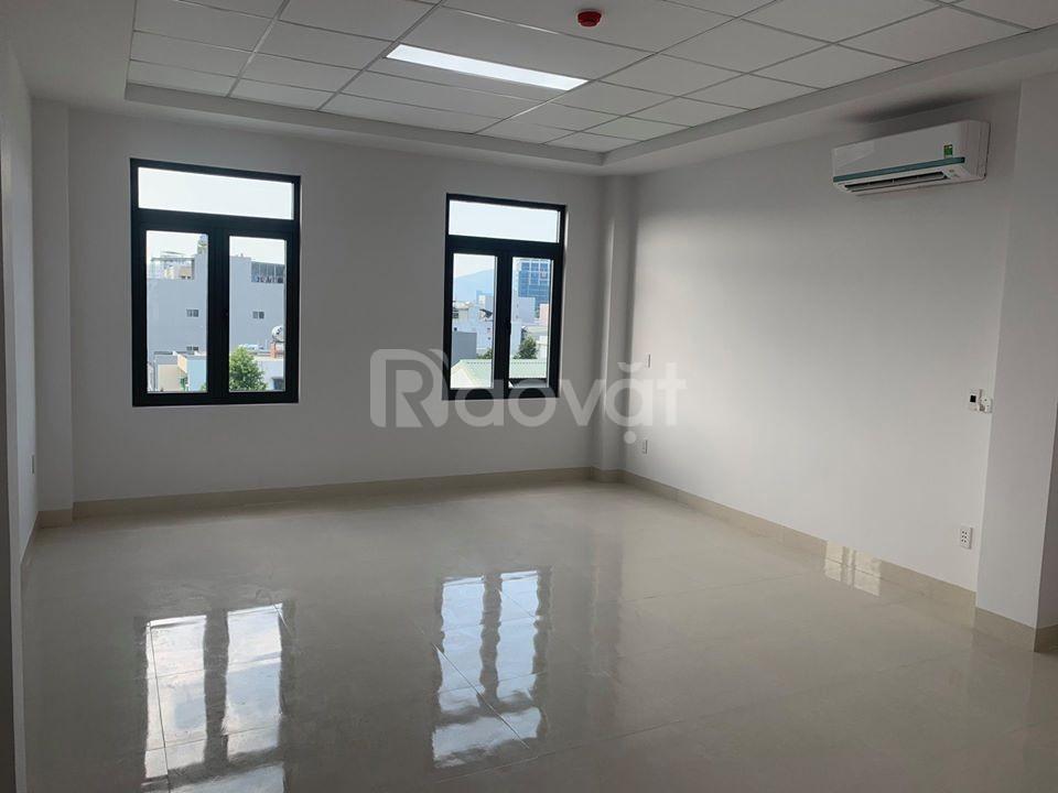 Cho thuê văn phòng tầng lửng, quận Hải Châu.