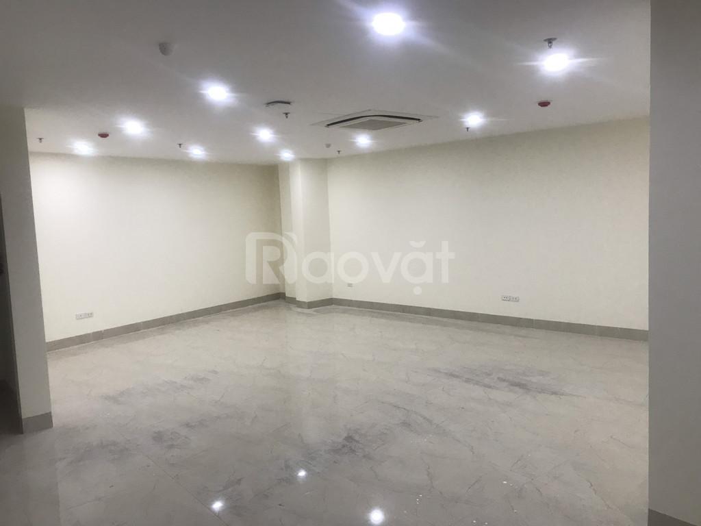 Cho thuê văn phòng ở mặt đường Nguyễn Văn Huyên diện tích 90m2