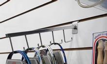 Chuyên cung cấp móc treo vợt cầu lông sỉ/lẻ