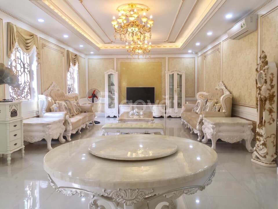 Cần bán nhà ngõ 320 Phạm Văn Đồng DT120m,6 tầng,Giá 10.5 tỷ,thang m