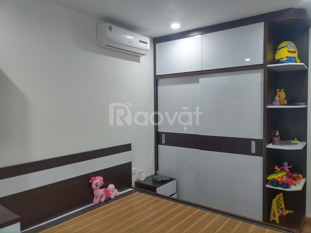 Căn hộ số 06 tòa R4, tầng thấp chung cư Goldmark City