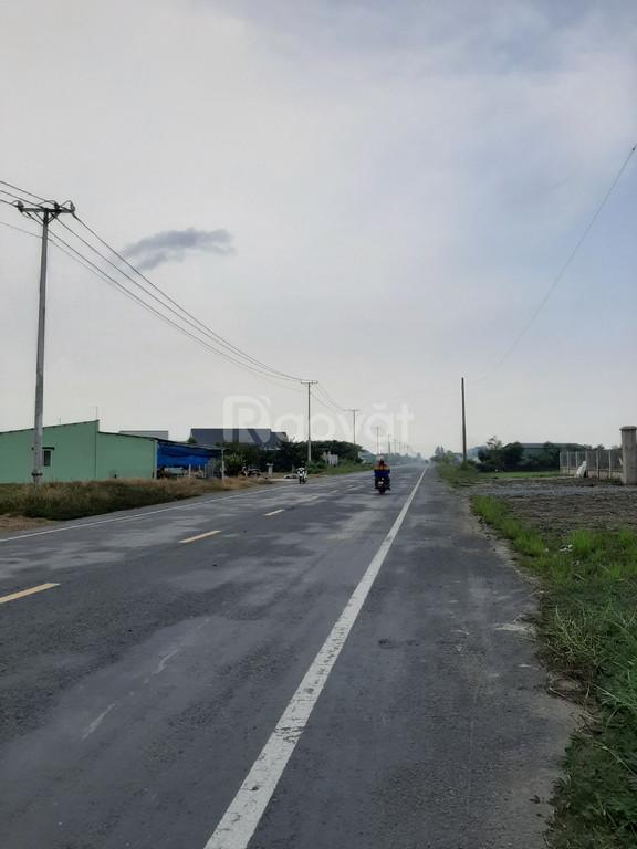 Bán 1800m2 đất MT đường vào KCN Dầu Khí