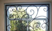 Nhận gia công khung bảo vệ cửa sổ sắt cnc, sắt uốn nghệ thuật bền