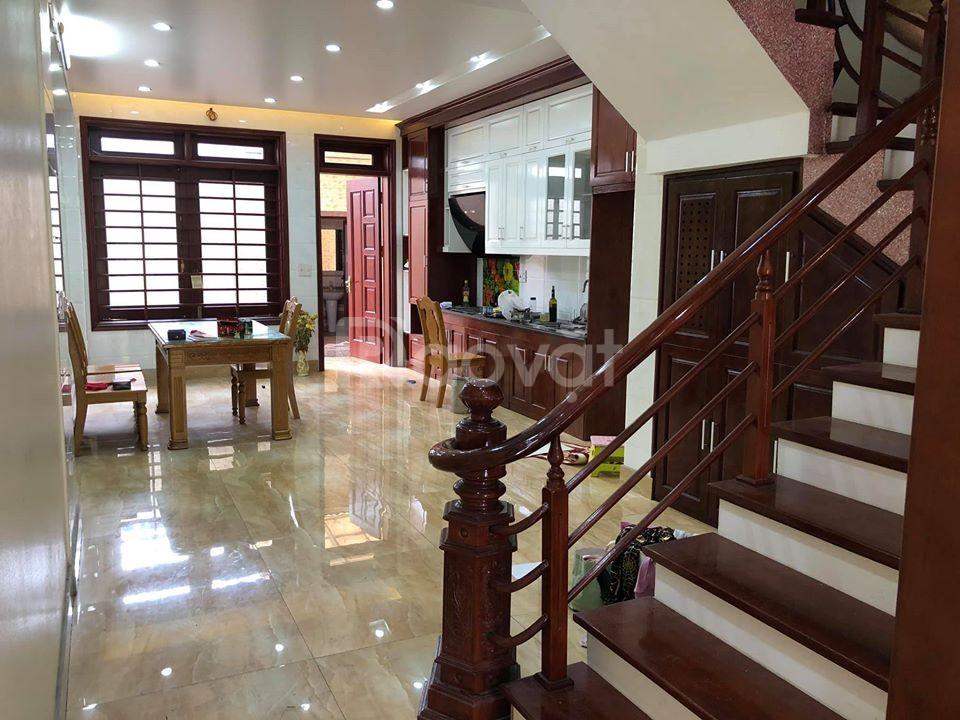 Bán nhà lô góc Nguyễn Huy Tưởng, Nguyễn Tuân, Thanh Xuân, 46m2, 4 tầng, 4.2 tỷ