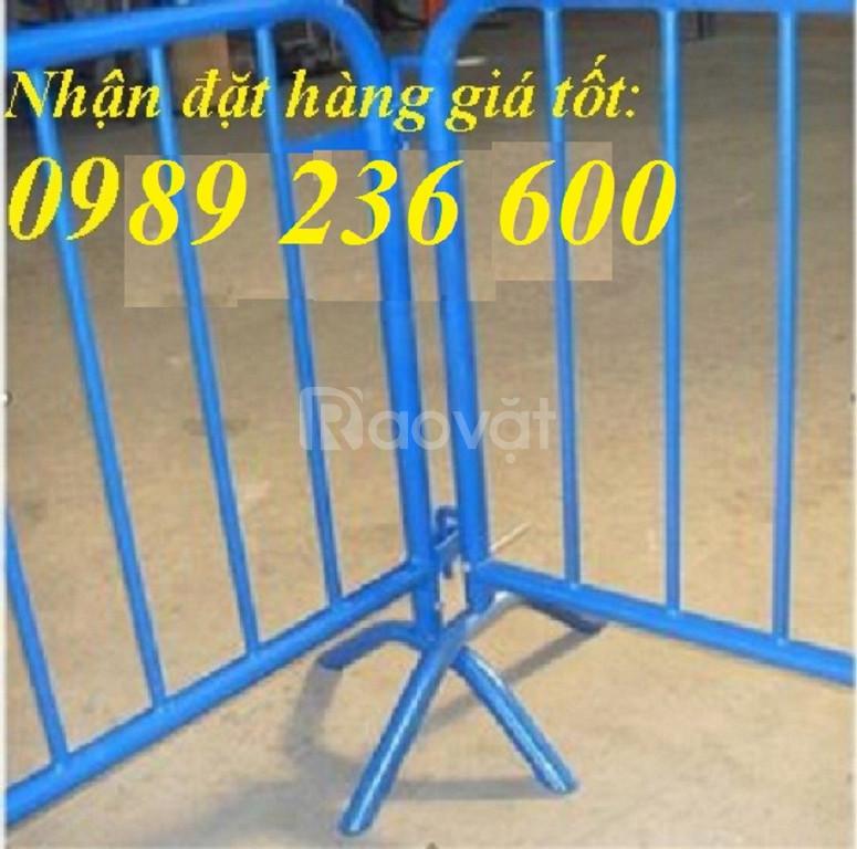 Hàng rào di động 1x2m chắc chắn bền đẹp giá rẻ tại Hà Nội. (ảnh 5)