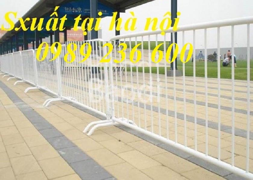 Hàng rào di động 1x2m chắc chắn bền đẹp giá rẻ tại Hà Nội. (ảnh 4)