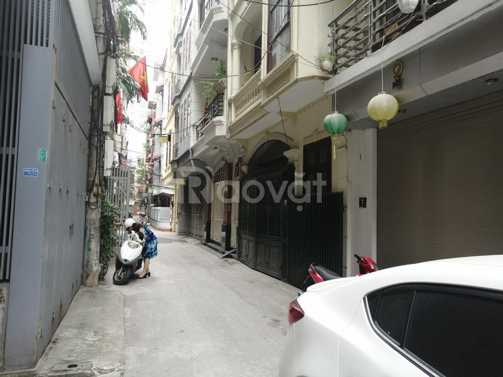 Bán nhà phố Nguyễn Chí Thanh, Đống Đa; giá 9 tỷ; 4m mặt tiền