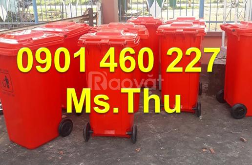 Thùng rác 2 bánh xe đẩy 120 lít, thùng rác công cộng 240 lít giá rẻ