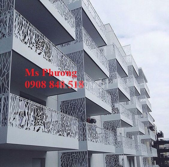 Ban công thiết kế kiểu dáng hiện đại, sang trọng cho nhà đẹp