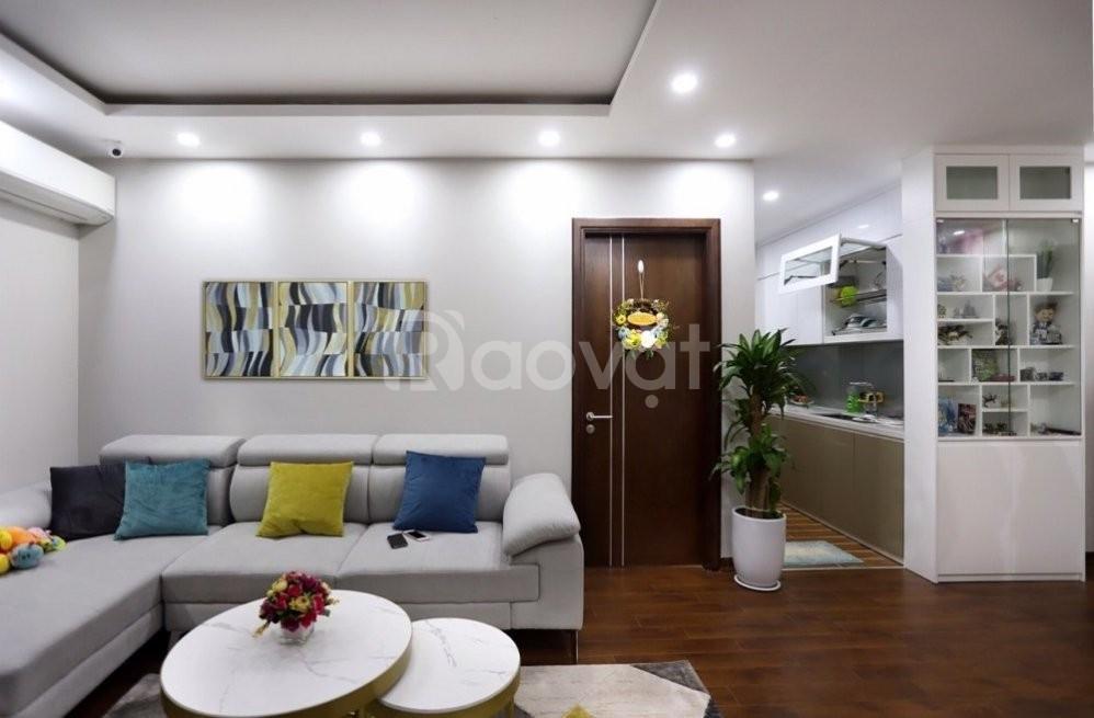 Cần bán gấp căn hộ 93m2, 3PN, cc Nam Cường, 234 Hoàng Quốc Việt