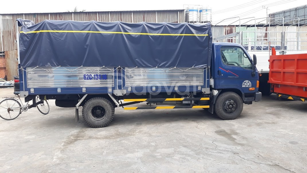 Xe tải Hyundai mighty 2017. 8 tấn ( ga cơ)
