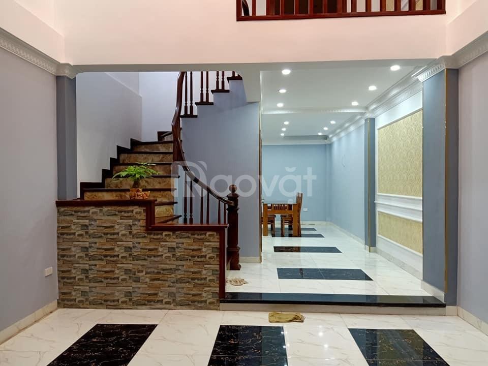 Bán nhà phố Thái Thịnh 52m2*5tầng, phân lô ô bàn cờ ngõ rộng 4m
