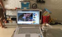 Laptop Toshiba đang sử dụng