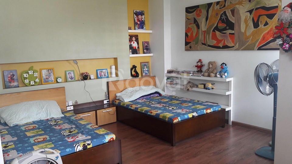 Cho thuê nhà biệt thự Ngọc Thụy 100m2 đầy đủ nội thất 20tr/tháng.